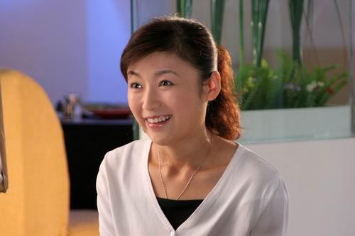 她16岁演电视剧,成名后又演话剧,现在是喜剧之星 - 代军哥哥 - 代军哥哥